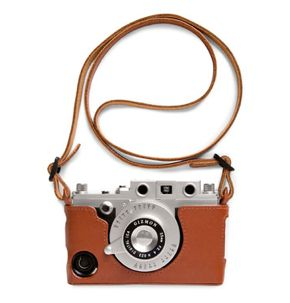 Gizmon leather case makes your #iPhone look like a camera!