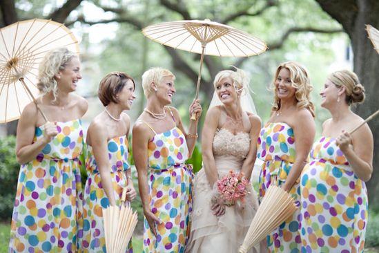 http://1.bp.blogspot.com/-9GNX5jaVlmc/T-lW7rT6ILI/AAAAAAAACaA/vpmXVUvhK3k/s1600/polka+dot+bridesmaid+dresses.jpg