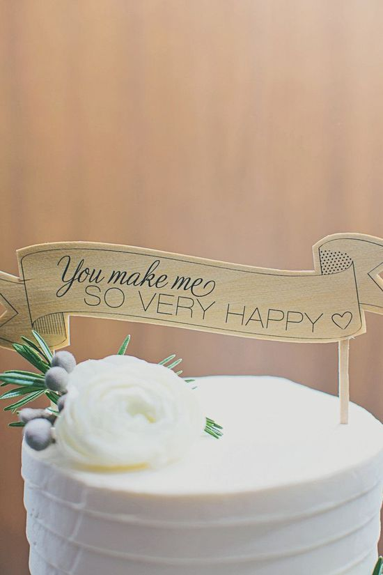 wedding cake & cake toppers