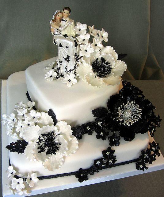 cake by Branka Jovanovic, via Flickr