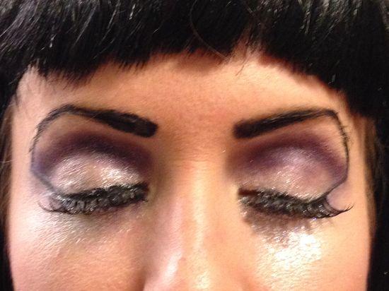 Sparkly Cleopatra eye makeup. #Halloween