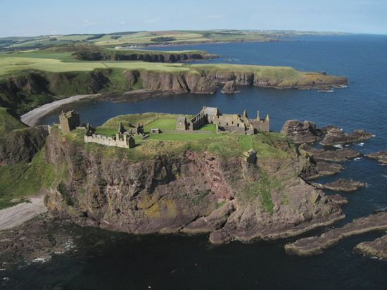 Dunnattar Castle, Scotland