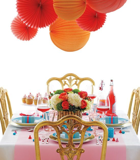 Oranges and reds table setting