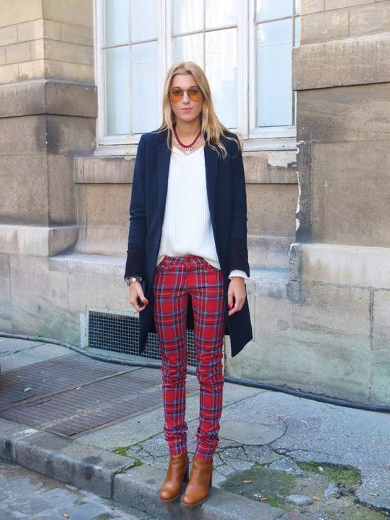 Love the styling around around these plaid pants.