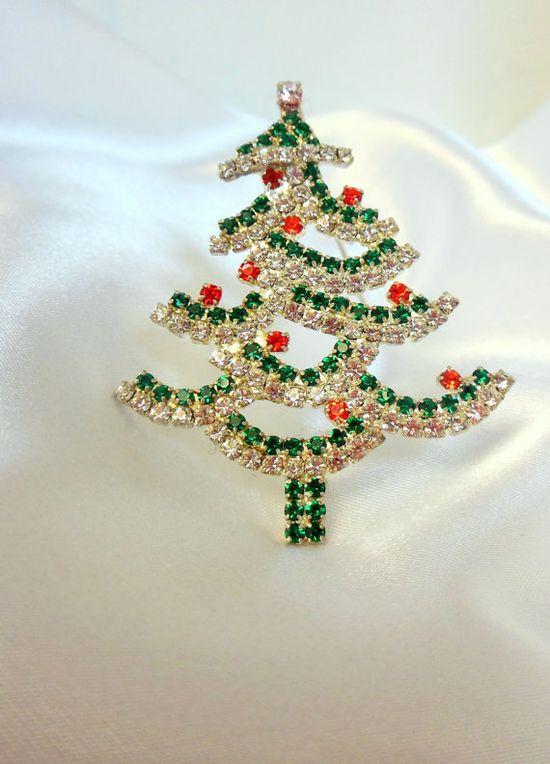 Vintage Christmas Brooch Rhinestone Tree by VJSEJewelsofhope, #vjse2 #boebot #etsybot2 #vintage #jewelry $17.00