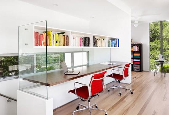 Le Petit Chouchou #desk #home #office #modern #glass #studio