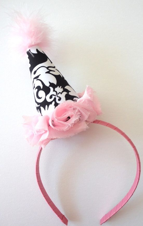 Partying: Party Hat...cute idea!! #springintothedream