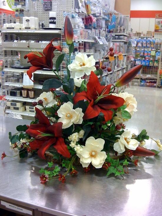 Floral arrangement by Pam Lester, Garland, TX