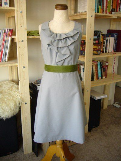 Coffee-date dress.  Free pattern.