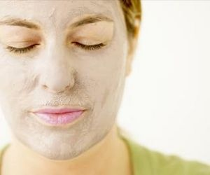 A homemade facial mask can leave your skin healthy and glowing.