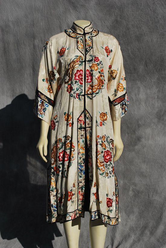 Vintage antique Chinese deco silk robe hand 1910-1920