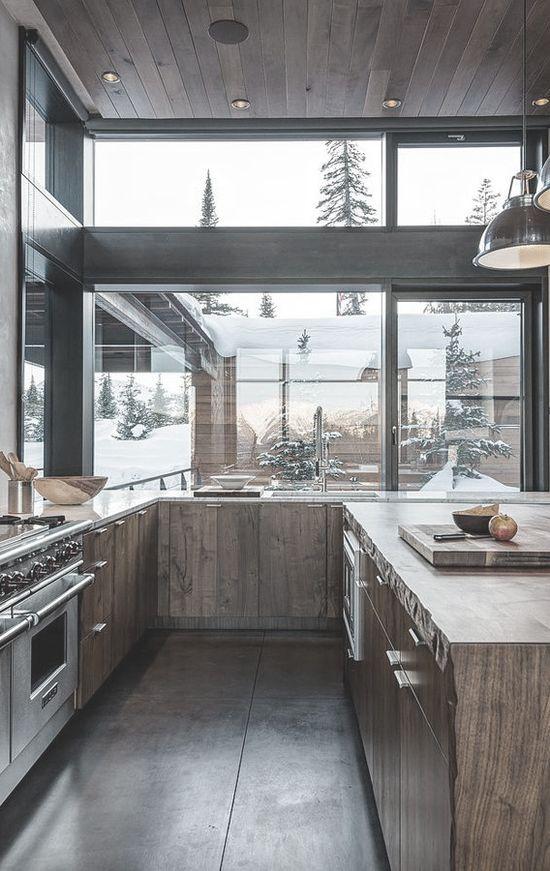 that kitchen..