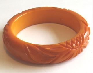 #Vintage Bakelite Bangle Bracelet