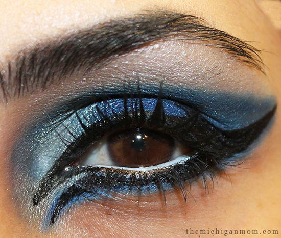 Blue Eye Makeup Inspired by Disney's Frozen!