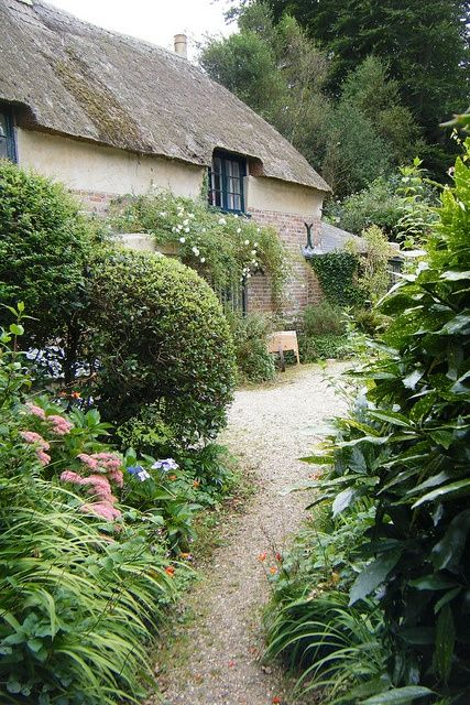 Hardys Cottage by Dorset Coastal Cottages on Flickr (via Poetic Dwellings)