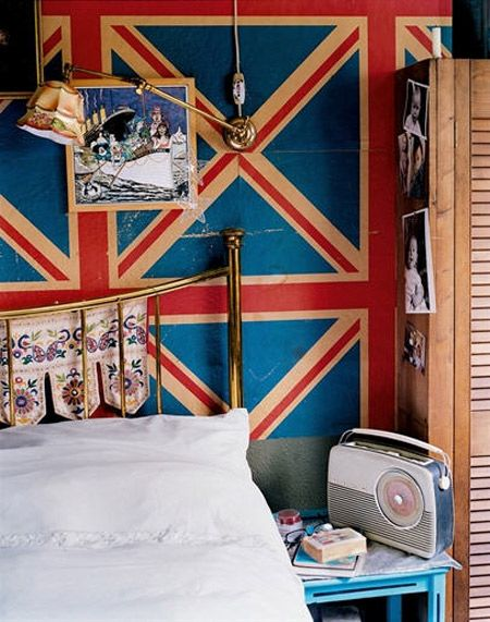 Union Jack inspired bedroom