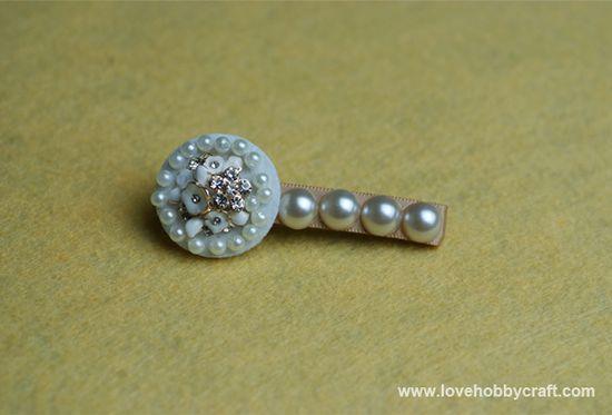 Handmade pearl hair accessories