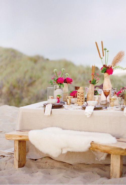 Chic seaside tablescape