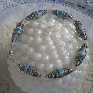 cool paper bead jewelry