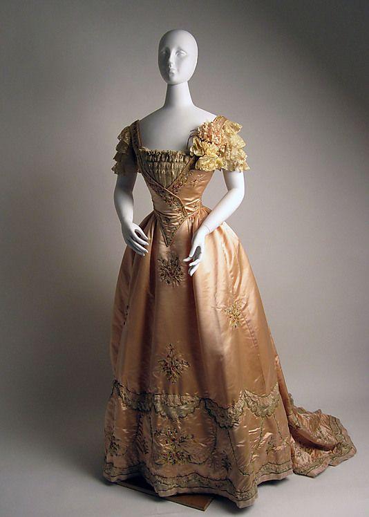 1897 Jeanne Hallee