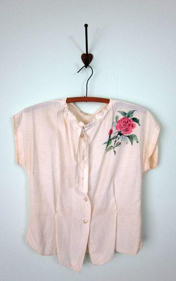 Vintage blouse ?