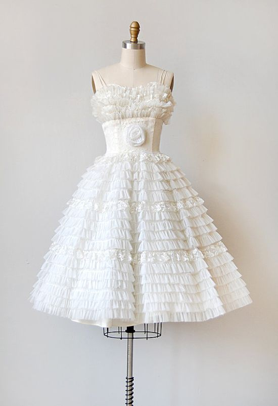 Incredible 50's white ruffle party dress