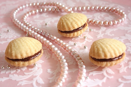 Shortbread cookie shells. So pretty (both the cookies AND the photo!)