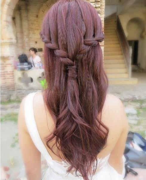 Prewedding hairdo, cute sided french braid
