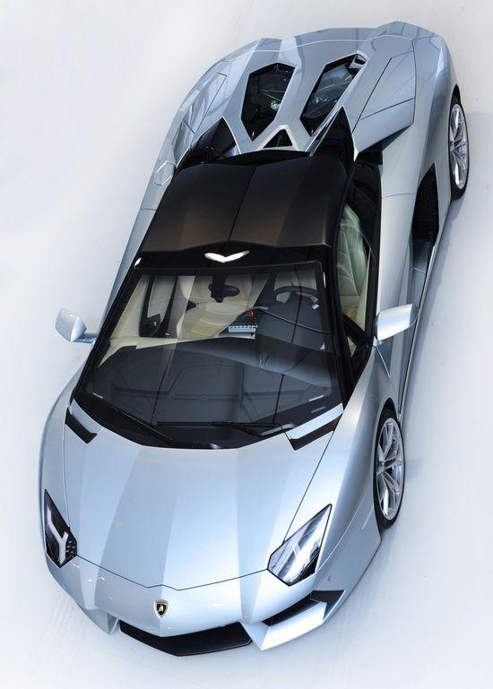 2013 Lamborghini Aventador LP700-4 #celebritys sport cars #sport cars #customized cars