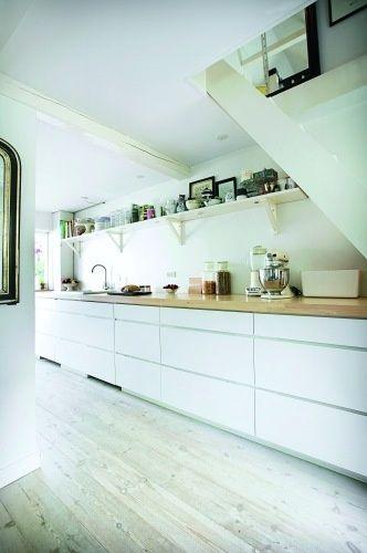 White - yourhomedecoridea... - #home_ideas #home_decor #home_design  #home_decorating #kitchen_ideas #living_room_ideas #bathroom  #bathroom_decor #storage_ideas #pantry_ideas #bedroom_ideas #bedroom_decor #white_kitchen_cabinets