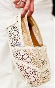 toms outlet! yes please!