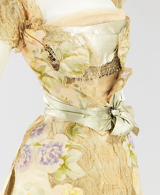 Worth Dress - detail - 1902 - House of Worth  (French, 1858-1956) -  Design by Jean-Philippe Worth (French, 1856-1926) - Silk, rhinestones, metal - @~ Mlle