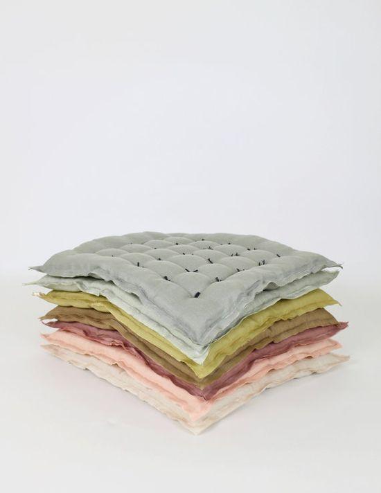 Linen Handtack Cushion