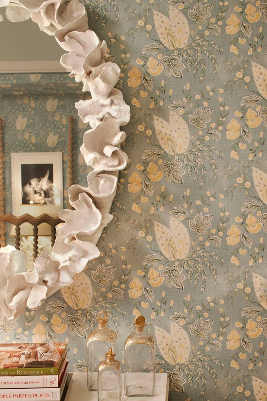 plaster picture frame
