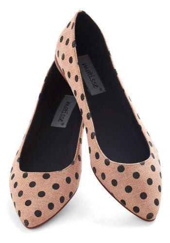 Polka-dotted point-toe flats