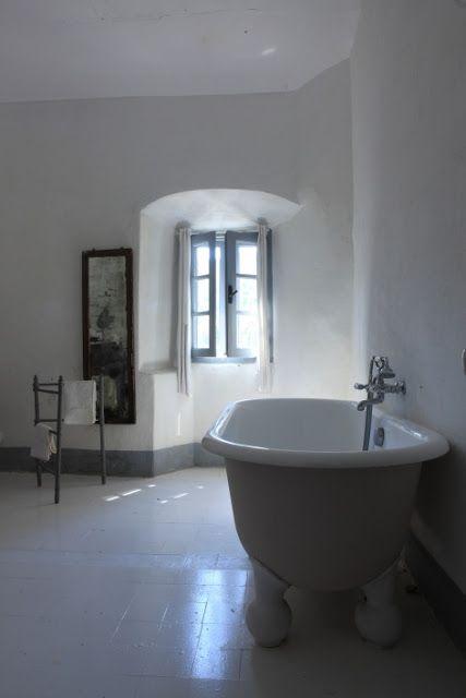 SALLES DES BAINS - THE BATHROOMS couvent Sanfrancescu
