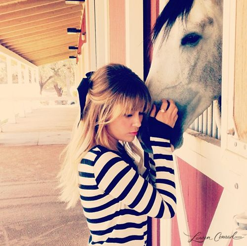 a sweet moment... #LaurenConrad