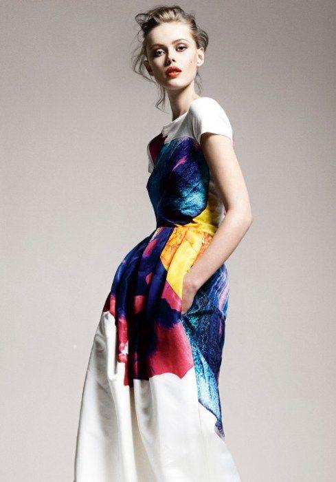 gorgeous colorful bride - vintage wedding dress - vintage bride - modern wedding dress