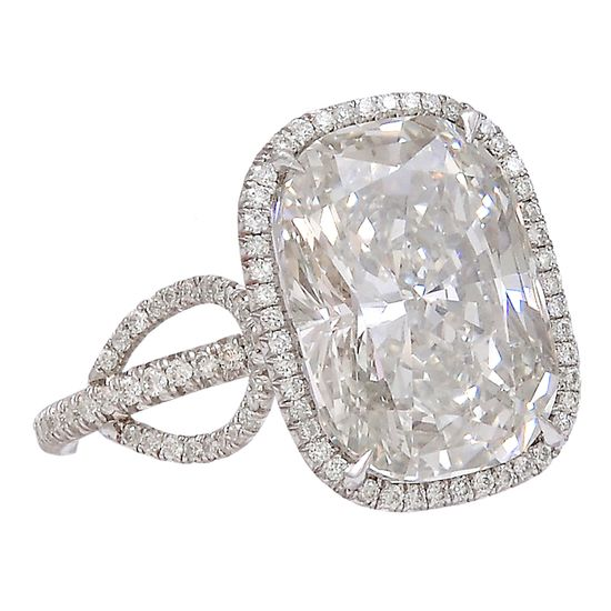 Extraordinary Vintage Cushion Cut 7.10 carat Diamond Ring