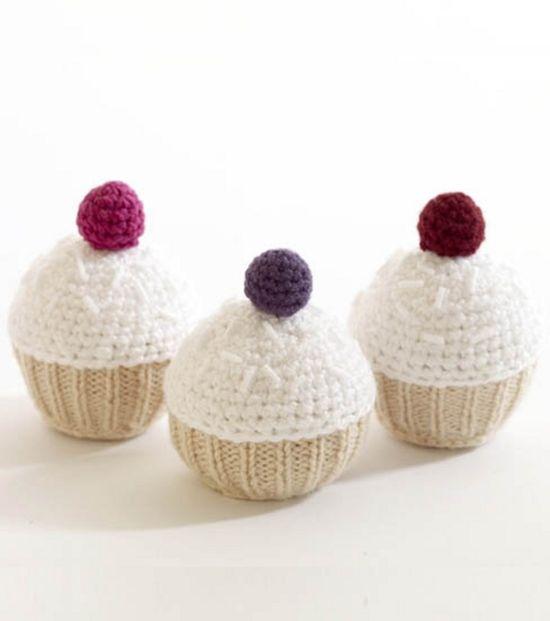 Adorable! Super cute cupcakes :) #DIY @Brittany Horton Prater Brand