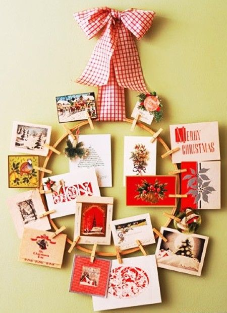 Creative Handmade Christmas Card Holders, 2013 DIY Christmas Card Holders #2013 #christmas #card #holder www.loveitsomuch.com