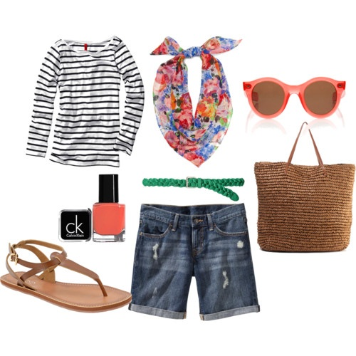 Perfect summer outfit : stripes, florals, coral, and shorts.