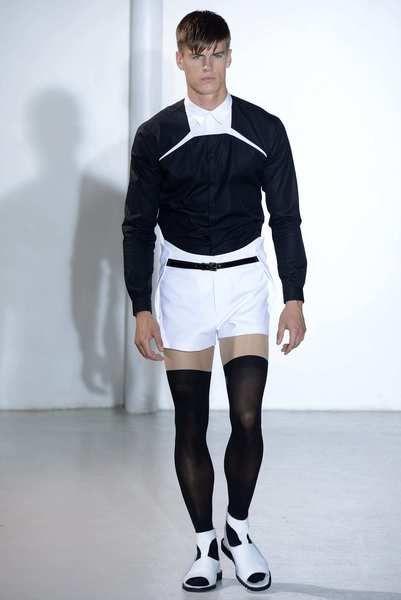 Paris Fashion Week: Mugler men's fall-winter 2013 -