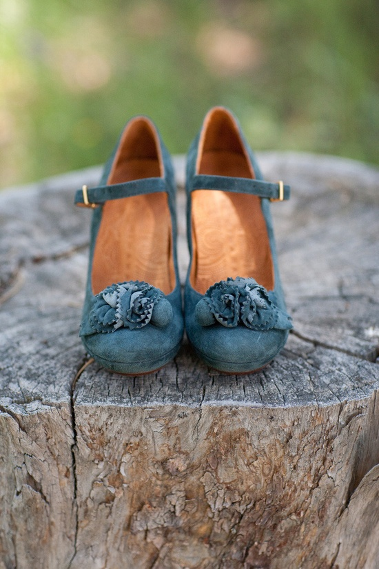 Cute shoes! Love the color.
