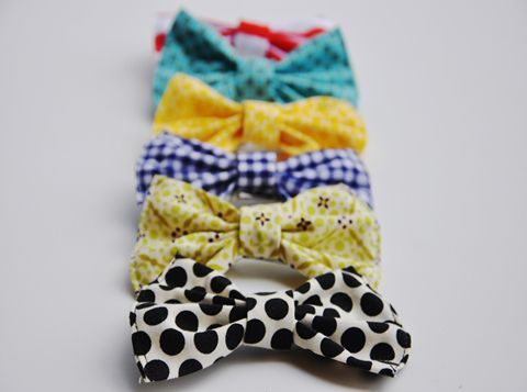 DIY Simple Hair Bows - So Cutie!