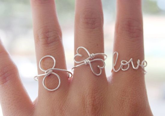 Love her wire jewelry :)