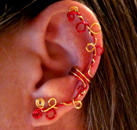 Easy and fun to wear, these stunning handmade ear cartilage cuffs do not require any piercings.   Please see my shop for many different types of cartilage cuffs and other jewelry. www.etsy.com/...  #jewelry #arianrhodwolfchild #piercing #cartilage #spirals #earrings #earcuff #quinceanera #fakepiercing #ear #helix #gift #conch