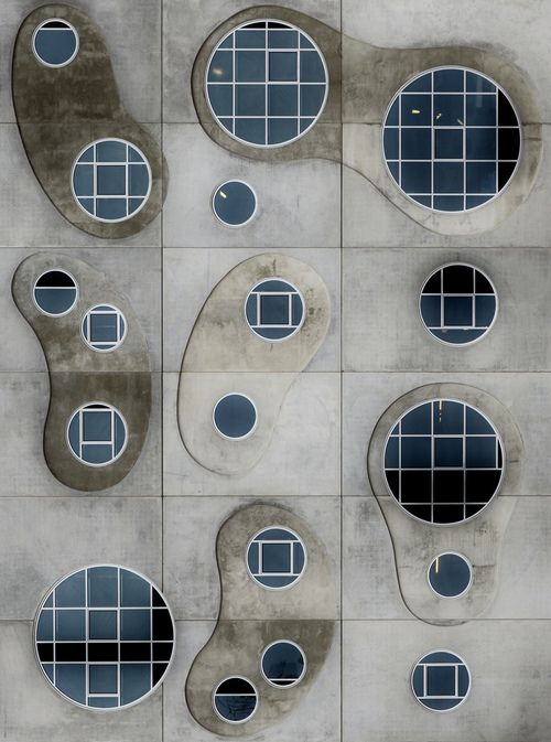 Symphony of windows