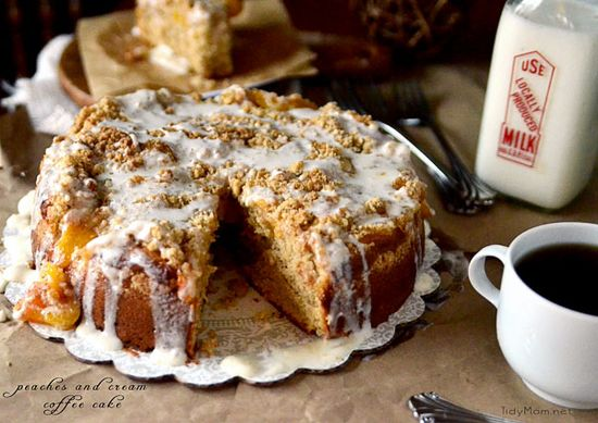 peaches and cream coffee cake #recipe via @TidyMom