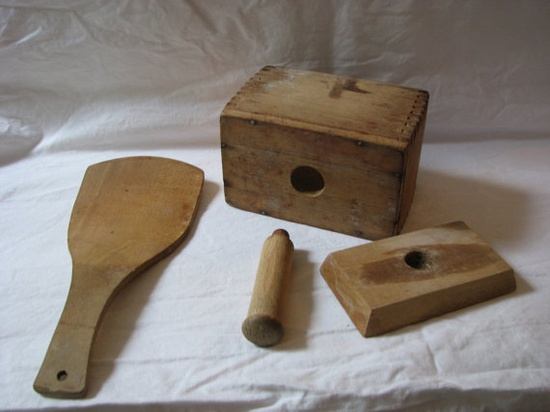 Antique Butter Press Mold and Paddle by thelongacreflea on Etsy, $28.00